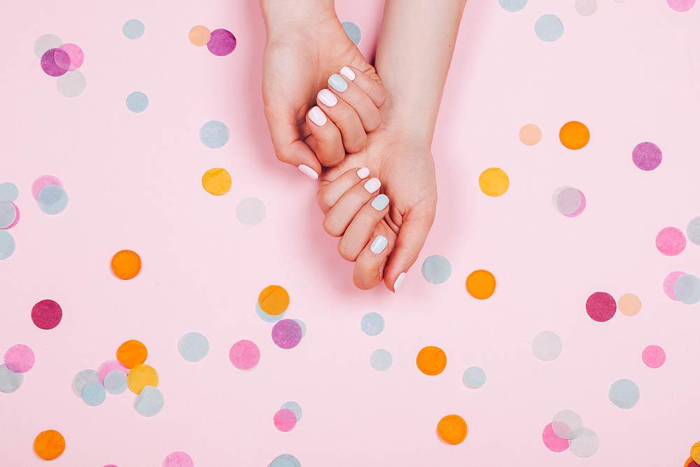 Модный маникюр, маникюр летнего сезона, думать о красе ногтей