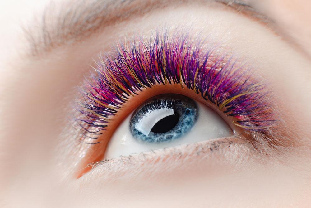 Глаза, как известно, зеркало души, но зеркало это обрамляет драгоценная оправа – ресницы и брови.